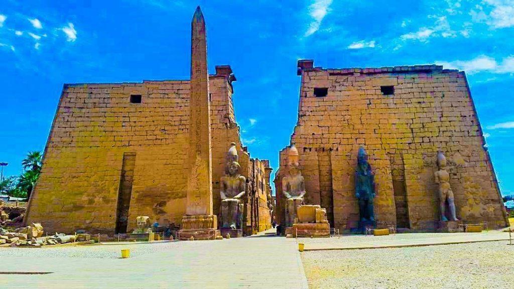 Đền Luxor  ở Ai Cập