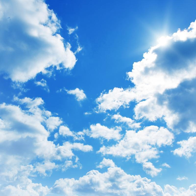 Nước được bốc hơi hình thành các đám mây
