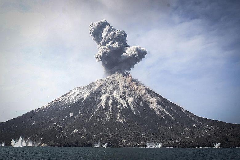 Núi lửa đang phun trào