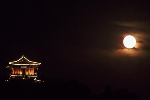 Mùa thu là thời điểm có nhiều đêm trăng sáng hơn các mùa khác trong năm